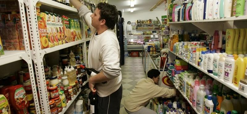 Panaszkodnak a falvak, hogy három napra bezár a bolt – máshol ennek örülnének