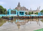 Gigantikus kivetítők, játékok és foci orrvérzésig – megnyílt az Eb szurkolói zónája a Városligetben
