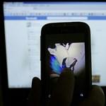 Nem kamu, ezt most tényleg a Facebook kéri: meztelen fotókat kérnek be a felhasználóktól, és nem véletlenül