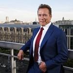 Sürgősségi szívműtétet hajtottak végre Arnold Schwarzeneggeren
