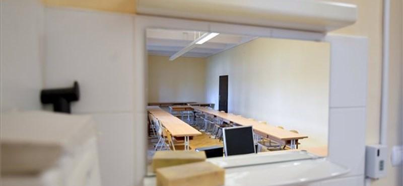 Hogyan érinti majd a frissen felvételizett hallgatókat, ha szeptembertől is marad a távoktatás az egyetemeken?