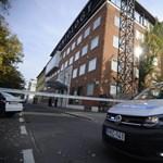 Blikk: Ismét razziáznak a szcientológusok budapesti székházánál