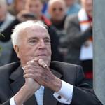 Helmut Kohl Orbán mellett állt ki
