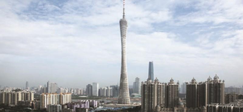 Már kínai a világ legmagasabb tévétornya