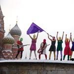 A Pussy Riot tagjai is eljönnek a Szigetre