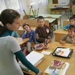 Újraindul az élet Devecseren: ma kezdődik el a tanítás