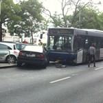 Karambolozott a 86-os busz