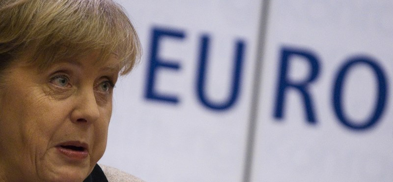 Elismerte a görög válság kezelésének kudarcát Angela Merkel