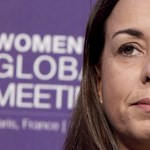 Nő is, migráns is, muszlim is, mégis ő került a belga ipar egyik büszkeségének élére