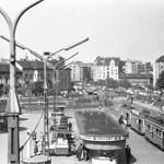 A Moszkva térről írt dalt Pajor Tamás - zseniális archív felvételek a klipben