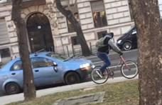 Tükröt, ablaktörlőt, szélvédőt tört a bepöccent bringás – keresi a rendőrség