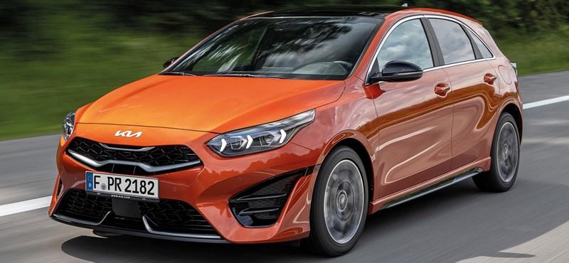 El Kia Ceed actualizado no solo obtuvo un nuevo emblema, un nuevo motor
