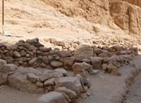 Háromezer éves óegyiptomi szarkofágokat találtak Luxorban, bennük ép múmiákkal