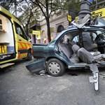 Halálos autóbaleset történt hajnalban a Belvárosban