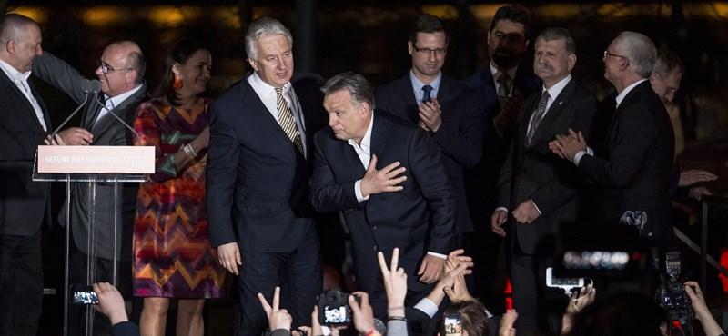 És ezt így hogy? Alfölditől Vonáig magyarázzák a harmadik Orbán-kétharmadot