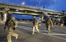 Kijev egyik hídján lövöldözött és a híd felrobbantásával fenyegetőzött egy volt katona