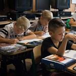 Népszavazást kezdeményeztek, hogy ne legyen annyi tanórája a diákoknak