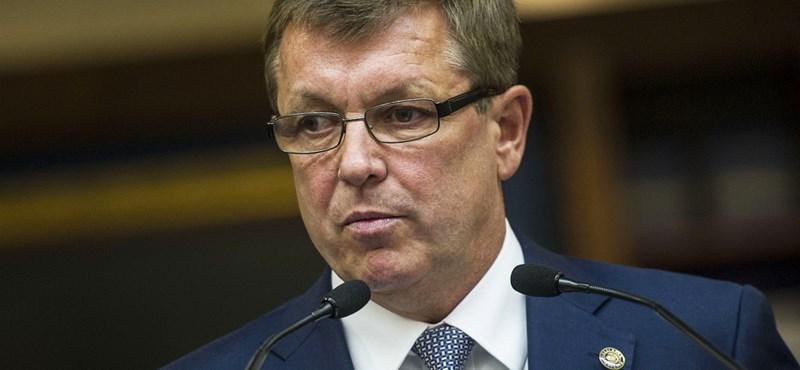 Brüsszel Matolcsy összeesküvés-elméletével sem tud mit kezdeni