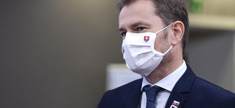 Szlovákiában csak negatív teszttel lehet majd munkába menni