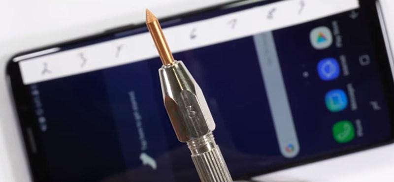 Nem maradhatott el: az új Samsung csúcstelefon is átesett a tortúrateszteken