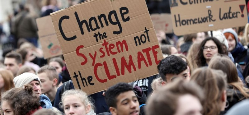 Az utcán és a médiában is középpontban a klímasztrájk - novemberben újra tüntetnek Budapesten