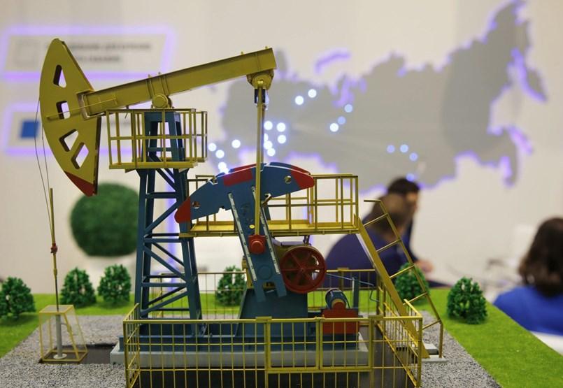 Oroszország nyerheti a legtöbbet a szaúdi olajválságon