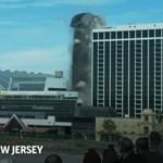 Romba döntötték Trump egykori kaszinóhoteljének tornyát – videó