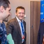 Rogán kibekkelte: Orbánnak szüksége van urizáló miniszterére