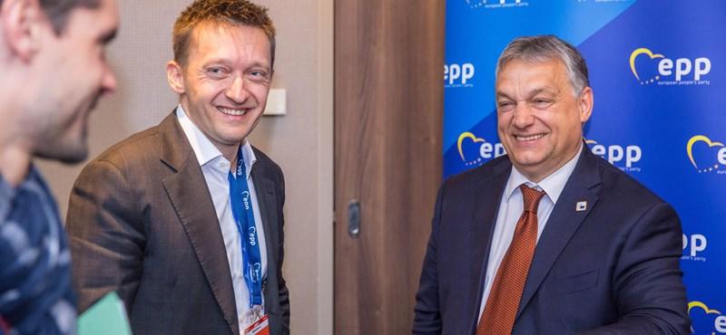 Orbán háta mögé bújva juthat Rogán a parlamentbe