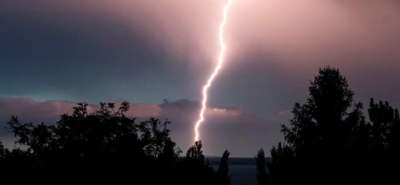 Zivatar miatt adtak ki riasztást délnyugati megyékben, Budapesten is leszakadhat az ég