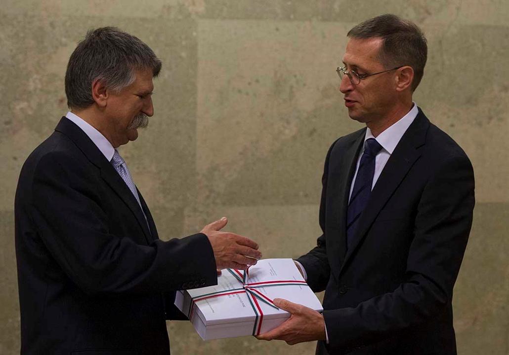 2014-es Költségvetés átadása , Varga Mihály, Kövér László