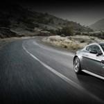 Aston Martint kapott a születésnapjára James Bond