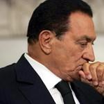 Előzetesben marad Mubarak