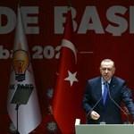 Törökországban is elkezdenek lazítani a járvány miatti korlátozásokon