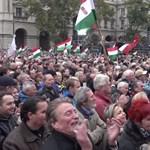 Így láthatta Orbán a tegnapi botránytüntetést - videó