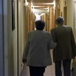 Hiába kényezteti a kormány a nyugdíjasokat, ennek vége szakad