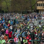 Tízezres tömeg a Critical Mass-en