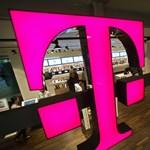 Nagyot lép előre a Telekom: tényleg elkezdik eltüntetni a SIM-kártyákat