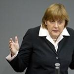 Nagyot bukott Merkel a görögök miatt