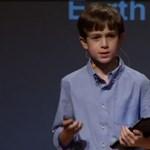 Még csak tizenkét éves, de már iPadre programoz egy általános iskolás