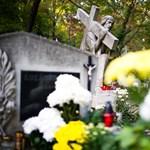 Egy síremlékben találták meg a Portik és Gyárfás beszélgetéseiről készült hangfelvételeket