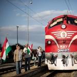 Kárpátaljai kormányzó: A szél tépte le a magyar zászlót, mégis balhé lett belőle