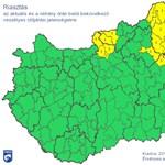 Itt a riasztás: Budapest közelében támad megint a vihar (térképpel)
