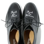 Menő cipő a borúlátó embereknek