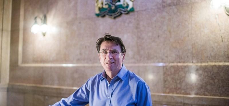 Brit nagykövet: A magyarok reménykedjenek, hogy nem lépünk ki