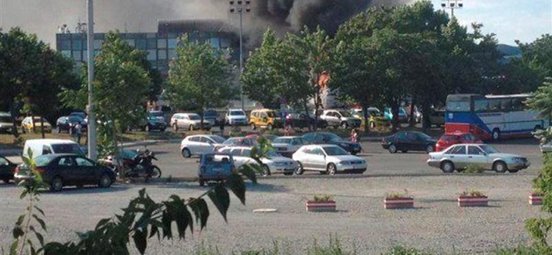 Buszt robbantottak Burgas városában