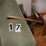 Rémálom egy győri pincében: három férfi megverte a boltjukban dolgozó nőt