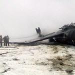 Szárnyát törte és kigyulladt egy kirgiz repülő landolás közben