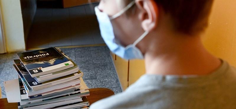 Szigorította az iskolákra vonatkozó járványügyi szabályokat a minisztérium