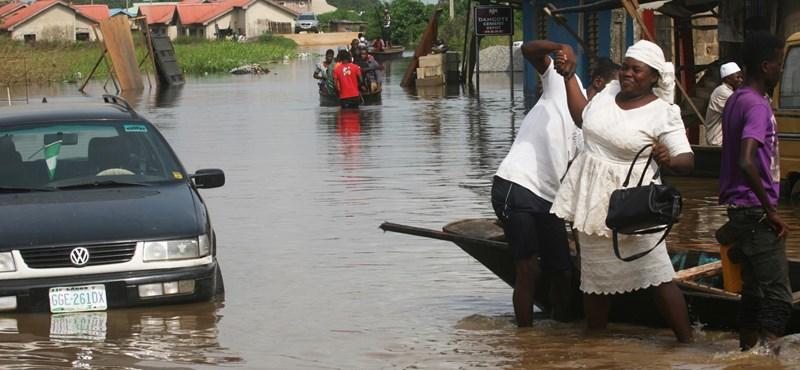 Nem kacsa: tényleg adnánk kölcsön 16 milliárdot tanulmányokra Nigériának